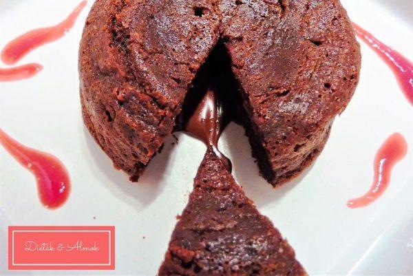 csokiláva meggyszósz cukormentes lisztmentes gluténmentes szénhidrát diéta cukorbetegség inzulinrezisztencia étrend