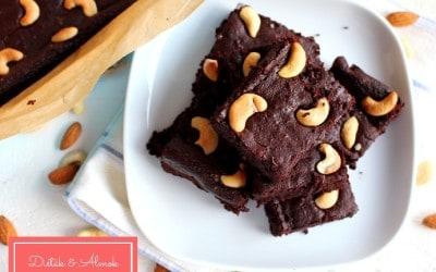 Zamatos céklás-kesudiós brownie liszt nélkül