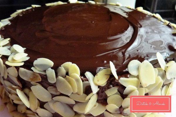 tripla csokoládé torta szénhidrát diéta cukorbetegség inzulinrezisztencia