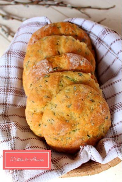 medvehagymás lepény kenyér teljes kiőrlésű pékáru szénhidrát diéta cukorbetegség inzulinrezisztencia