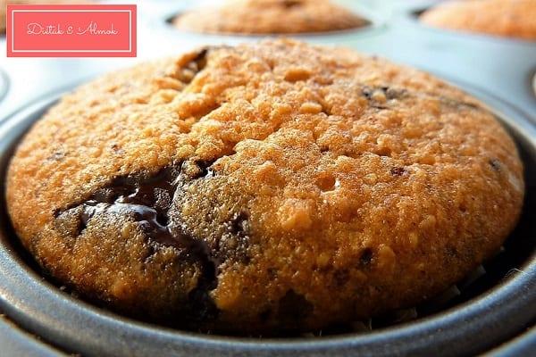 CSOKIS-MOGYORÓS MUFFIN MEGGYES JOGHURTFAGYIVAL cukormentes szénhidrát diéta cukorbetegség inzulinrezisztencia