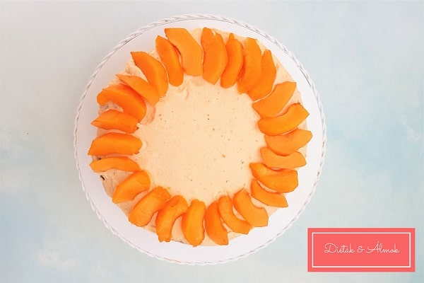 sárgabarack mascarpone túró torta szénhidrát diéta cukorbetegség inzulinrezisztencia lisztmentes cukormentes laktózmentes gluténmentes